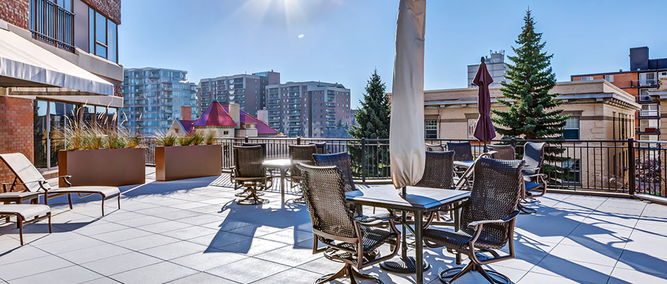 luxury-condo-patio-calgary